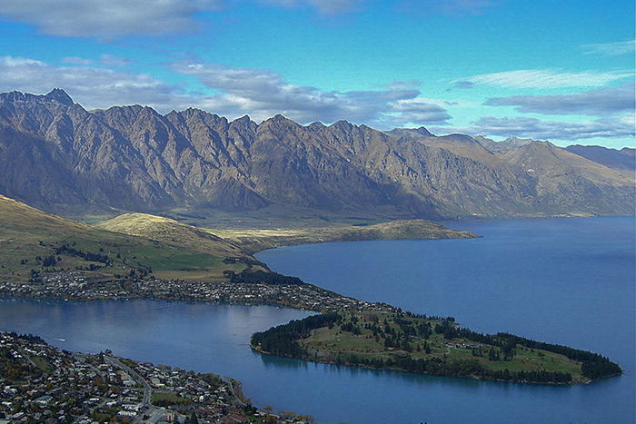 New Zealand, Queenstown, cheap flights, holiday packages, cruise deals, tours, travel insurance
